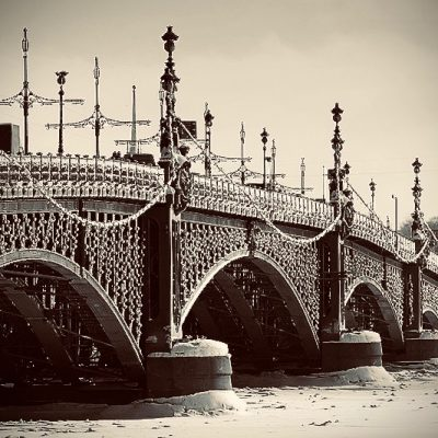 trinity-bridge-in-winter-in-st-petersburg